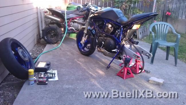 http://www.buellxb.com/buell_images/9817_20121006183333_L.jpg