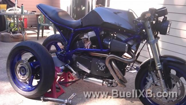 http://www.buellxb.com/buell_images/9817_20121007143402_L.jpg